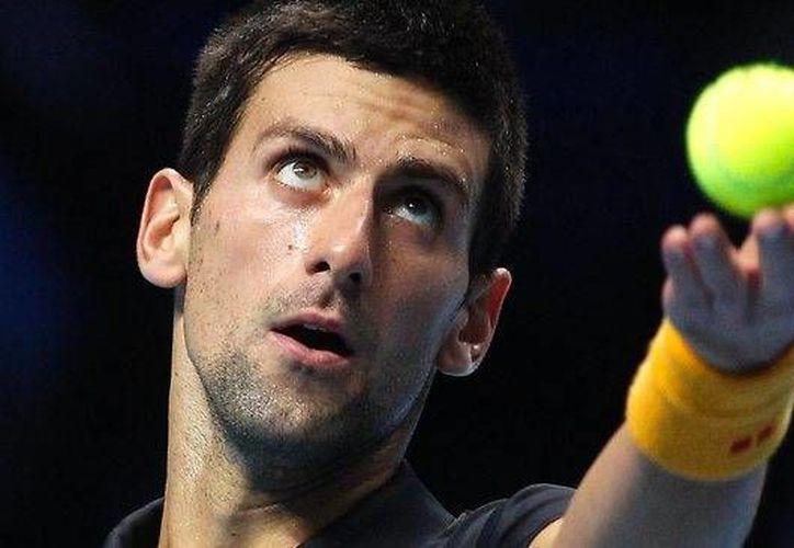Novak Djokovic sufrió una lesión en la muñeca en el Abierto de Madrid. Regresará a las canchas en Roma. (AP)