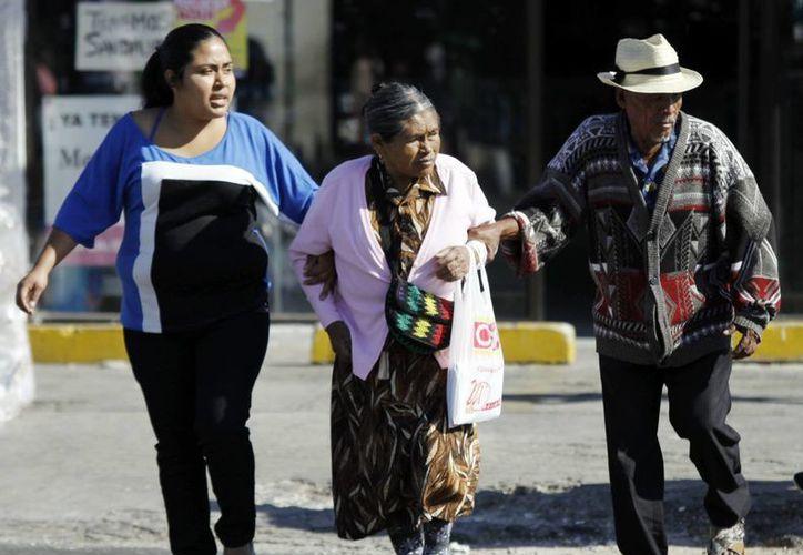 El frío se intensifica en Mérida. (Christian Ayala/SIPSE)