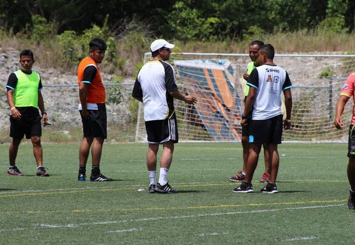El seminario se llevó a cabo en la Universidad Anáhuac. (Ángel Mazariego/SIPSE)