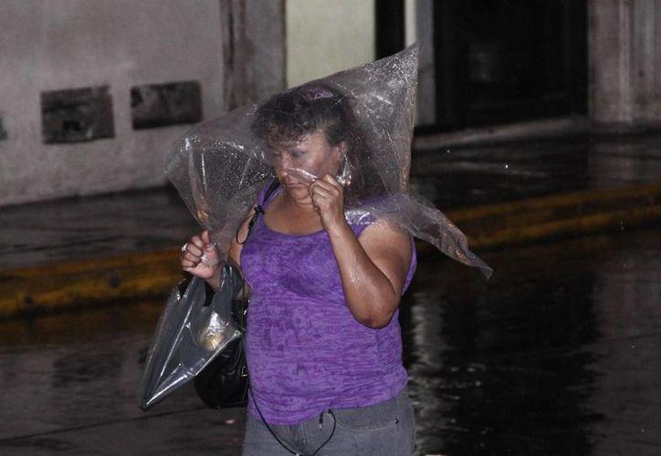 El frente frío No. 21 ocasionó nublados y lluvias el lunes en buena parte de Mérida. (SIPSE)