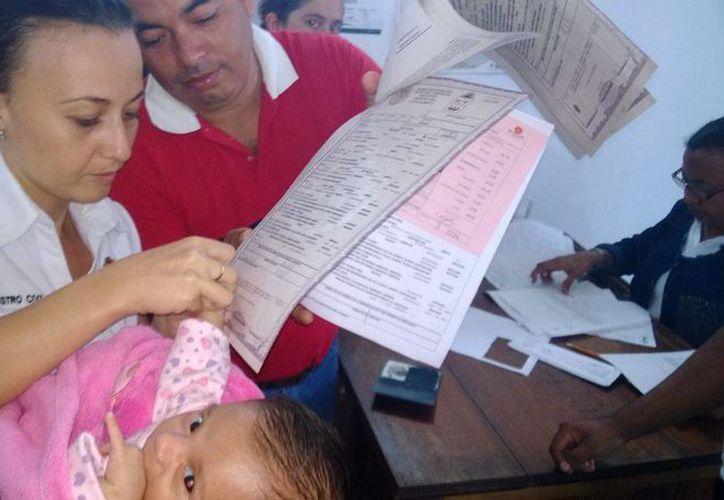 Piden que el trámite del acta de nacimiento sea  en cuestión de minutos. (Javier Ortiz/SIPSE)