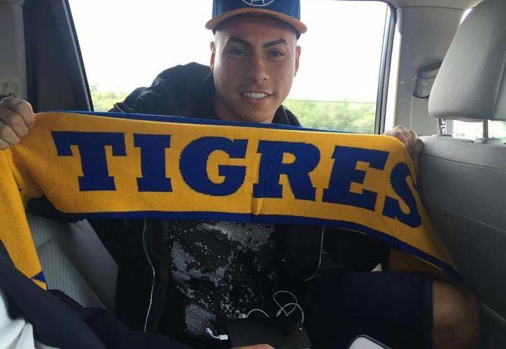 El chileno Eduardo Vargas llega a Tigres, para encarar el resto del Clausura 2017 y las eliminatorias de la Concachampions.(Foto tomada de Facebook/Tigres)