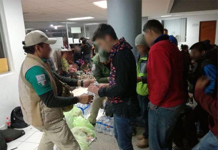 Entre los centroamericanos rescatados, viajaban 39 menores, 10 de ellos sin compañía de un adulto; (Foto: Nuevo Día)