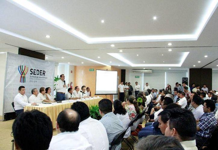 Felipe Cervera Hernández, titular de la Seder, presidió el evento. (Milenio Novedades)