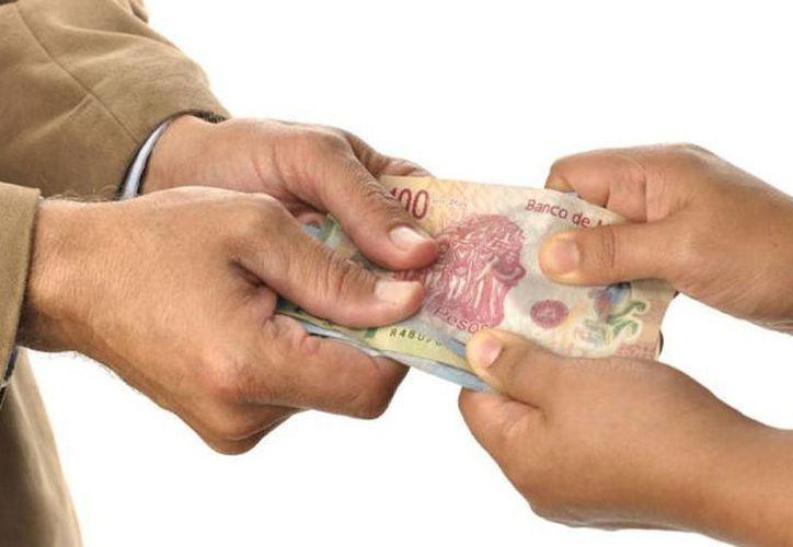 Algunas empresas prometen otorgar crédito sin la necesidad de consultar el historial crediticio. (Foto: Contexto/Internet)