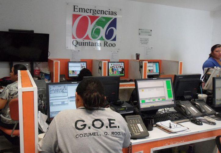 Los burócratas municipales no cubren el perfil para apoyar labores en el C-4. (Julián Miranda/SIPSE)