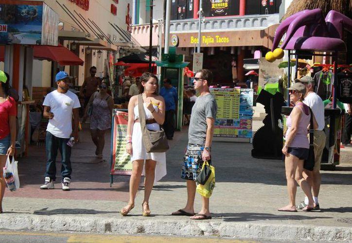 El visitante francés es el quinto más importante del mercado europeo para Cancún. (Israel Leal/SIPSE)
