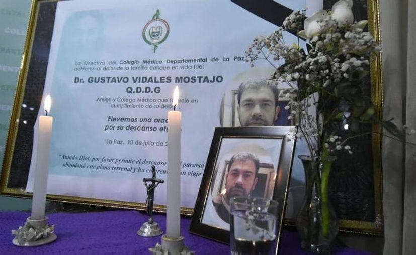 """El doctor fallecido fue una de las víctimas por el contagio del 'arenavirus"""" en Bolivia. (Foto: Twitter)"""