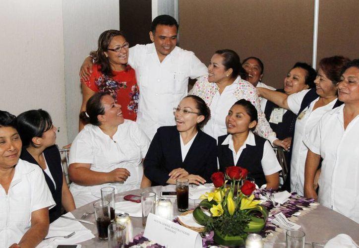 Rolando Zapata conmemora este viernes el Día Nacional del Profesional de Enfermería. (Archivo/ Milenio Novedades)