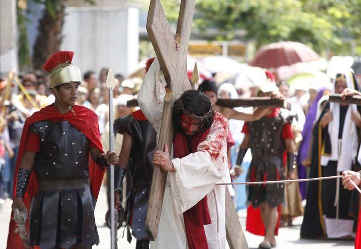 José Alfredo López Hernández escenificará a Jesús . (Redacción/SIPSE)