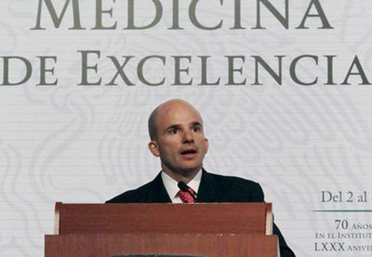 González Anaya señaló que la reforma impulsará el rebalanceo de los patrones sobre las cuotas. (Notimex)