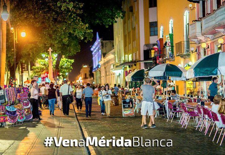 La subdirección de Turismo en el Ayuntamiento de Mérida ha llevado a cabo diversas campañas. Con el uso del hashtag #VenaMéridaBlanca han podido llegar a un sector joven, principalmente, en edad entre los 18 y 35 años. (Milenio Novedades)