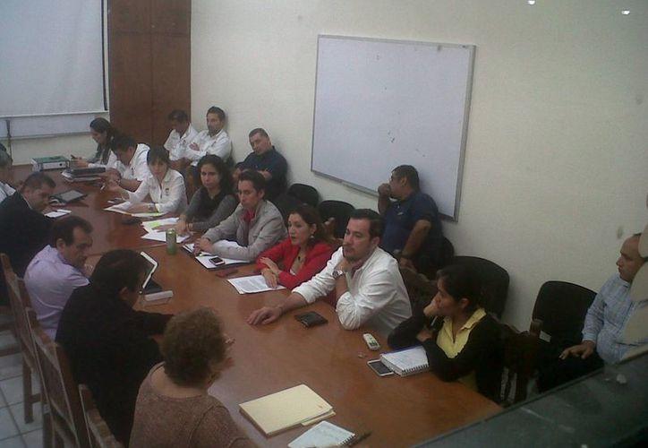 La reunión de las autoridades duró aproximadamente una hora. (Claudia Olavarría/SIPSE)