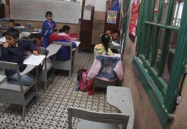Alrededor de 80 mil planteles educativos, de preescolar, primaria y secundaria recibirán recursos directos al plantel de entre 50 y 70 mil pesos. (Yazmín Sánchez/Milenio)