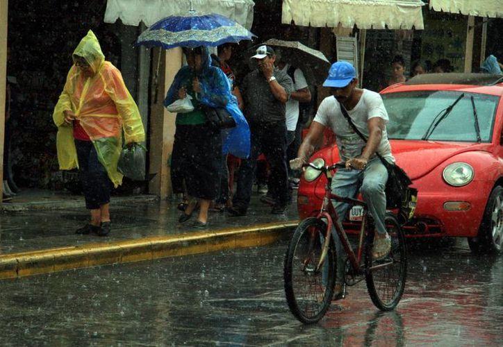Las lluvias no darán tregua este jueves y viernes a Yucatán, donde la temperatura máximas este miércoles fue de 36 grados. (SIPSE)