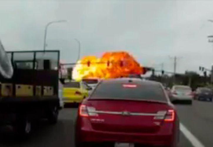 Tras el accidentado aterrizaje no se reportaron lesionados. (debate.com.mx)