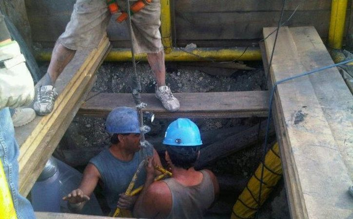 Desde hace unas semanas fueron descubiertas minas ilegales en Coahuila. La imagen es de la tragedia en Sabinas. (SIPSE)