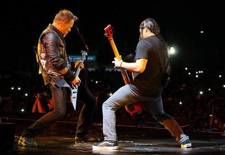 Para estos conciertos Metallica tendrá como invitado especial a Iggy Pop, considerado por muchos como el padrino del punk. (Facebook)