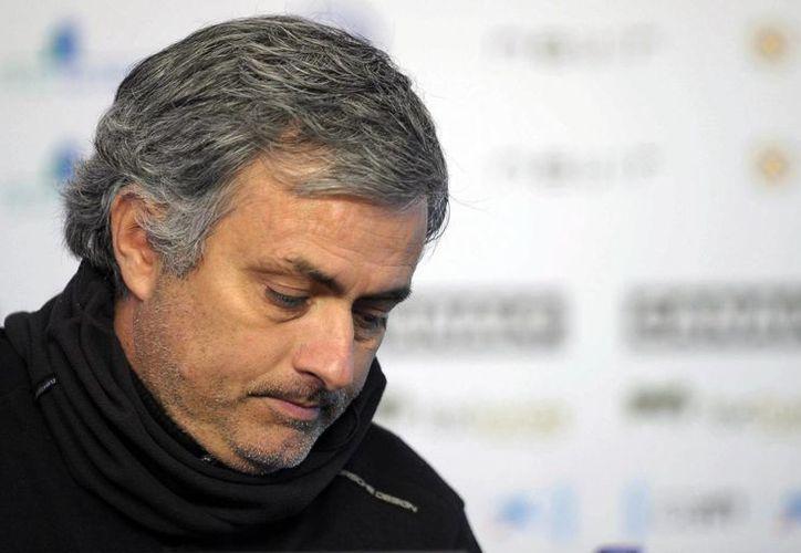 Vicente del Bosque fue premiado por la FIFA como mejor entrenador en 2012 por encima de Mourinho (foto). (EFE/Archivo)