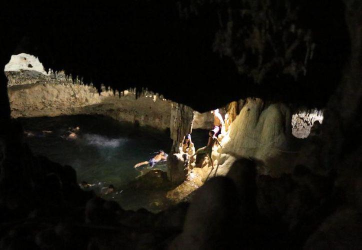 Cenote de Ch'a Chaac, en Lepán, comisaría del municipio de Tecoh. (Fotos: José Acosta/SIPSE)