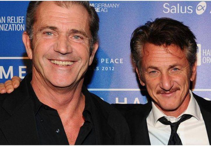 Mel Gibson (i) y Sean Penn estarán por primera vez juntos en una producción cinematográfica. (independent.co.uk)