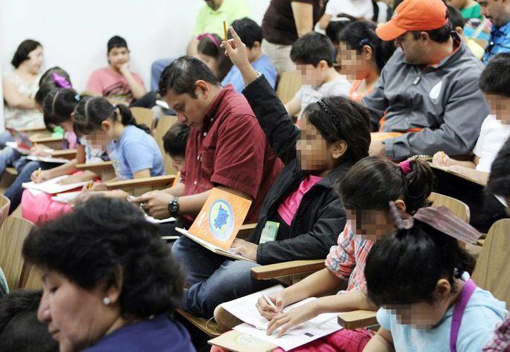 Imagen de los cursos impartidos por el Cinvestav, en donde se forman a los futuros investigadores de Yucatán. (Milenio Novedades)