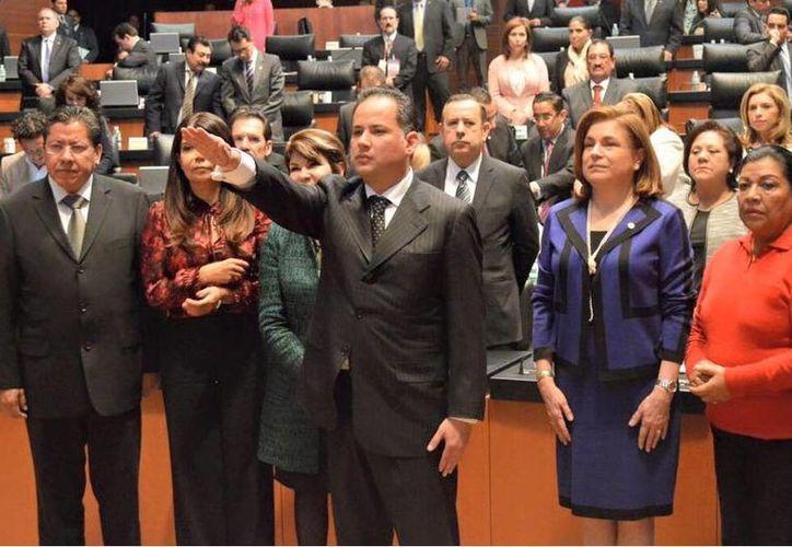 El Senado eligió a Santiago Nieto Castillo como nuevo fiscal para delitos electorales. (twitter/@RomoMedina_)