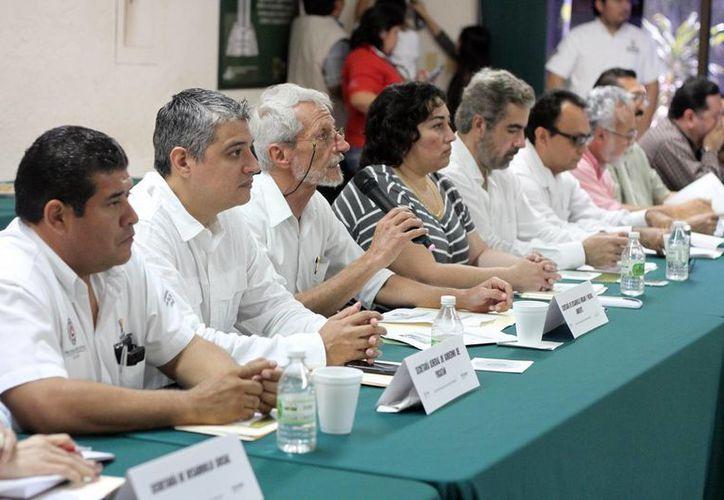 Aspecto de la primera sesión Ordinaria de la Comisión Intersecretarial de Cambio Climático en Yucatán, realizada el viernes 26 de febrero de 2016. (Amílcar Rodríguez/Milenio Novedades)