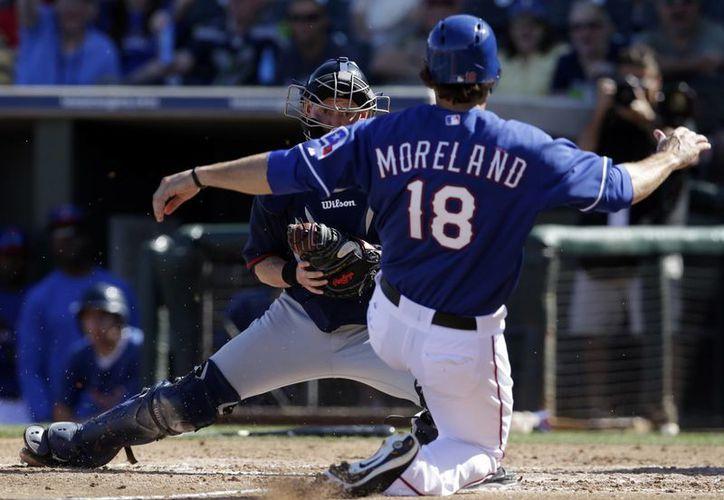 Las Grandes Ligas usaron el sistema ampliado en tres juegos del lunes, incluidos dos en Arizona. Hubo un desafío en esos encuentros, y se ratificó la decisión de los umpires. (Agencias)