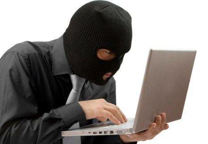 El robo de identidad puede darse a través del uso de programas maliciosos de Internet. (Contexto/Internet)