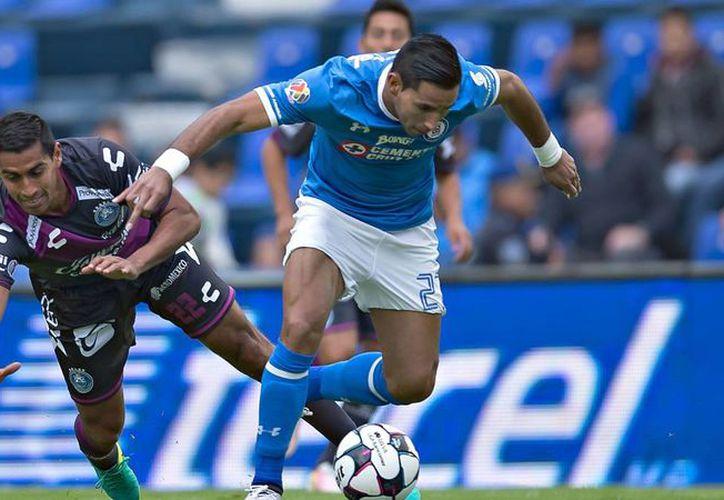 Cruz Azul y Puebla no sólo son rivales en la cancha, sino también en redes sociales. (Contexto/ Internet)