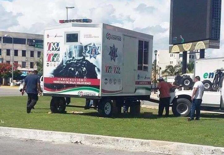Una de las casetas se ubica en la avenida Sayil con Bonampak en Cancún. (Redacción/SIPSE)