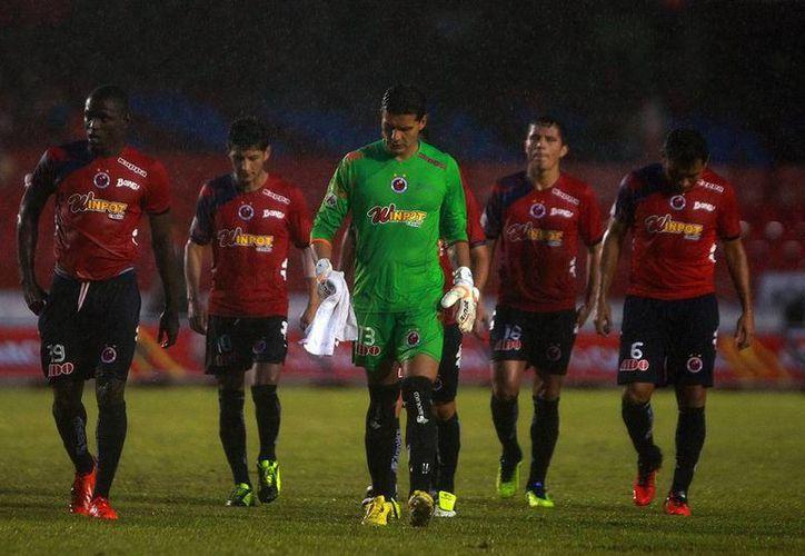 Veracruz tuvo un muy buen inicio de torneo, incluso llegó a ser líder del torneo, pero se fue en picada y ahora paga el precio. (Agencias)