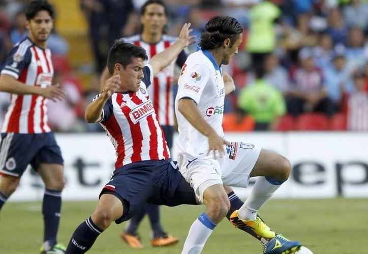 """Se fue el """"Maestro"""" Benjamín Galindo y llegó Juan Carlos Ortega a Chivas, sin embargo, los cambios para bien no se dieron. (Notimex)"""