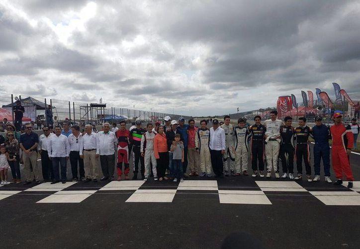 El Autódromo Yucatán 'Emerson Fittipaldi' ya es un sueño hecho realidad. (Marco Moreno/Milenio Novedades)
