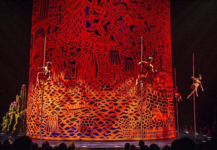 Imagen del Luzia, espectáculo inspirado en la cultura mexicana, que este miércoles el Cirque du Soleil estrenó en Montreal. (Notimex)