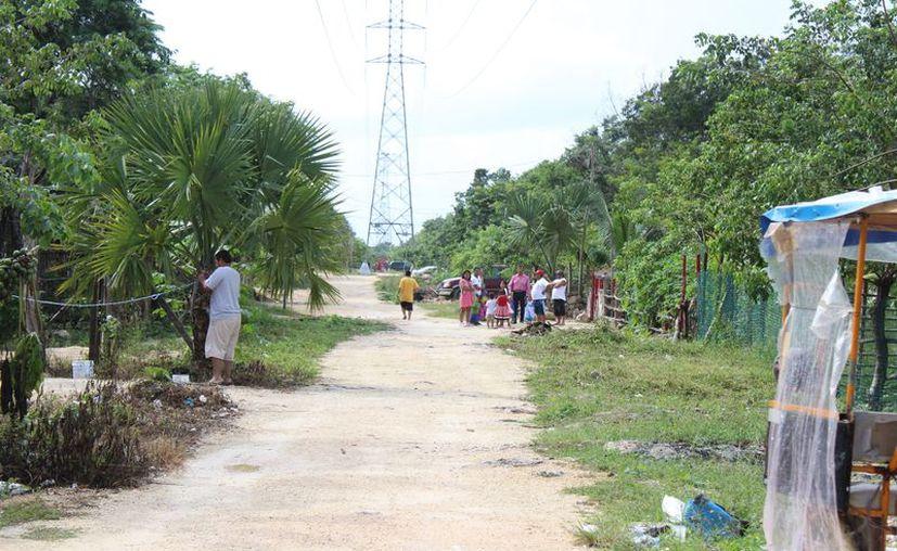 Habitan cerca de 700 familias en la invasión Las Torres. (Adrián Barreto/SIPSE)