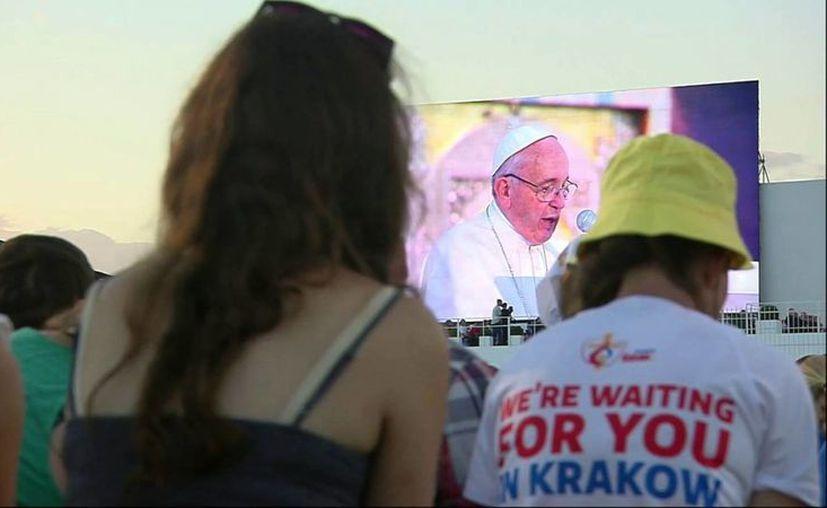 Unos 40 yucatecos en total asistieron al encuentro con el Papa. (Milenio Novedades)