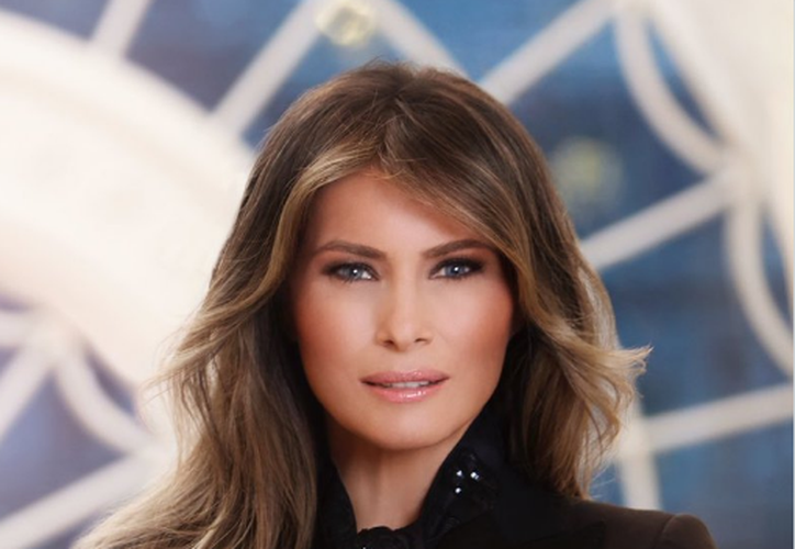 El nuevo retrato de Melania se encuentra en la Casa Blanca. (Twitter/@Melania Trump)