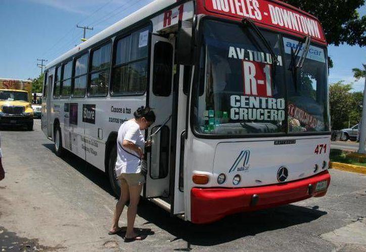 Autocar y Turicún alzaron tarifas dos pesos en Cancún. (SIPSE)